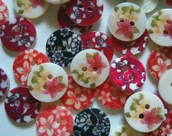 30 pcs Cute flower graphic acrylic pearl button 2 hole  size 15mm