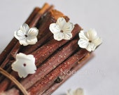 10pcs White Mother of Pearl Shell Flowers 8mm, Center Drilled Carved Shell 3D Flower Beads (V1183)