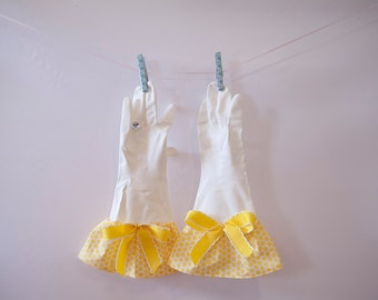 Yellow Dot Glamour Gloves