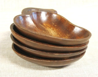 Vintage Carved Wooden Leaf Shaped Nut Bowl, Salad Bowl, Candy Dish, Small, Set of Wood Bowls, Serving Dish, Carved Wood, Collection