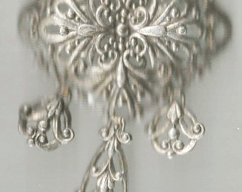 Vintage  Vistorian or Art Deco Brooch