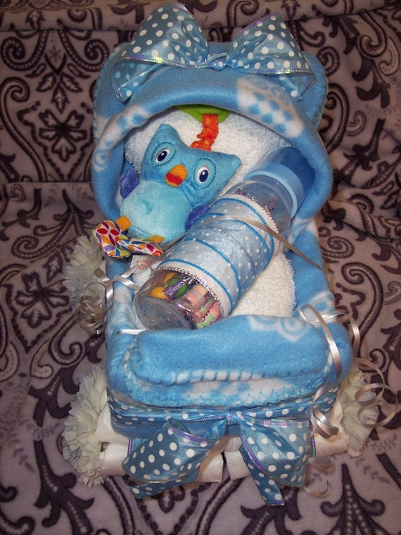 owl theme diaper cake stroller with take and shake car seat. Black Bedroom Furniture Sets. Home Design Ideas