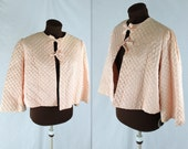 40% OFF SALE 1950's Pale Pink Quilted Bed Jacket