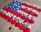 Yo-yo American Flag Table Topper
