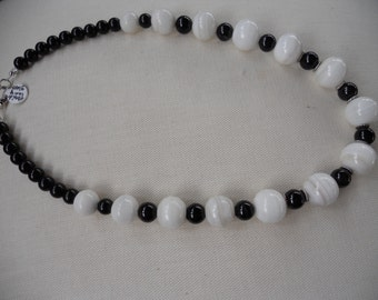 Beaded Necklace, Black Bead Necklace, Black & White Beaded Necklace, White Beaded Necklace, Black and White Beaded Necklace
