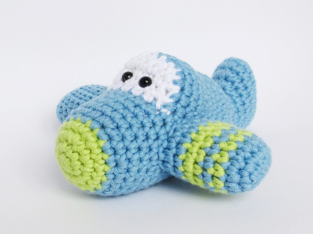 Amigurumi Plane Baby Mobile : Crochet Toy Baby Rattle Amigurumi Airplane organic cotton