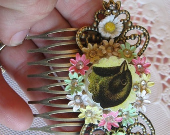 The Blackbird.vintage flower jewelry assemblage hair comb