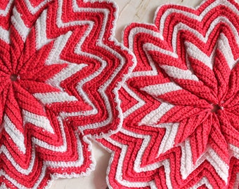 Vintage Pair Potholders Large - Red and White - Vintage 1950s