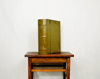 20 PERCENT OFF Code: 20FOR17 > 1930's Metal Book Style Capitol File Box In Green