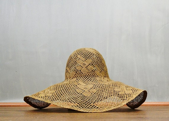 1950's Wide Brim Flower Weave Cloche Sun Hat
