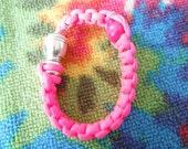 paracord bracelet pipe