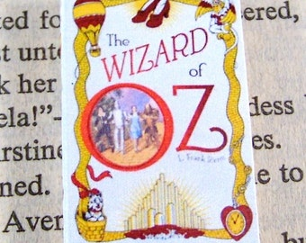 Miniature Classic Novels Book Necklace Charm The Wizard of Oz