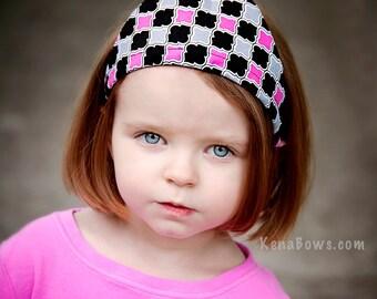 Bandana Headband, Reversible Head Scarf, Quatrefoil Fabric Headband, Hot Pink and Black Hairscarf