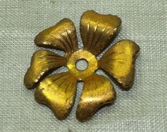 Bag of 10 Vintage Raw Brass Flower Component  VBM120