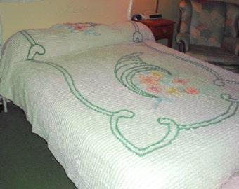 Vintage Chenille Cornucopia Design Bedspread