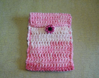 Cellphone Pouch Crochet in Bernat Cotton Pinky Stripes embellished with a Novelty Button