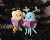 Caroling jellyfishes ornament crochet pattern PDF