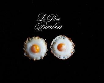 Fried eggs sunny side up earrings post