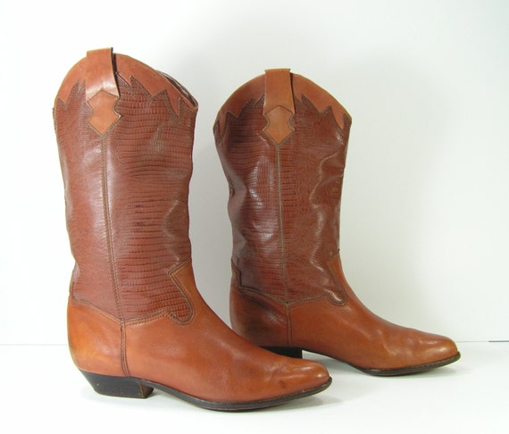 reserved until 7 3 14 vintage low heel cowboy boots womens 9 m
