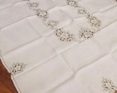 "Vintage Embroidered & Cutwork Tablecloth 50"" x 65"""