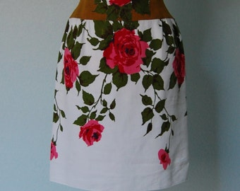 R e s e r v e d Jeannette Alexander Cotton Pique Appliqued Hourglass Dress - Medium - Roses