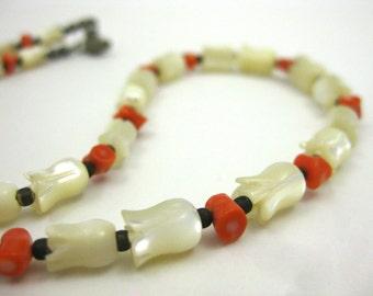 Vintage Pueblo Native American Indian Mother of Pearl & Coral Beaded Necklace