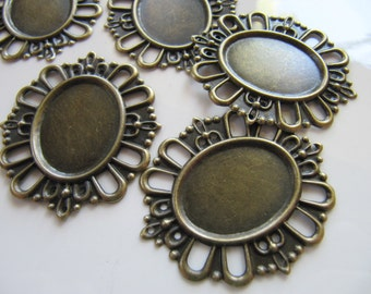 Filigree CABOCHON Setting, BEZELS, Oval Bead Wraps, Light Weight Metal Stamping Pendants, 5 Pieces, 24mm x 18mm Tray, Bronze Tone