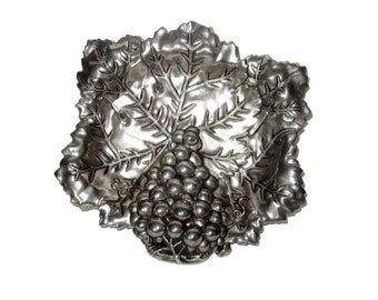 Vintage Godinger Candy dish Trinket Dish Silver Plate with Grapevines