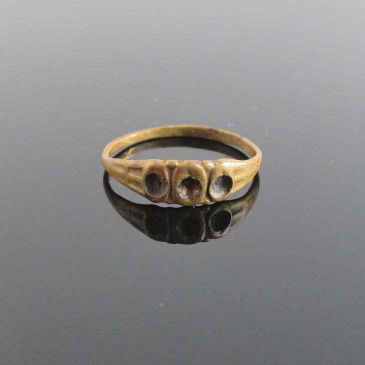 antique gold tone baby ring size 2