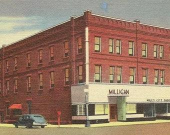 Vintage Postcard New Milligan Hotel MILES CITY Montana Unused Vintage Linen Postcard