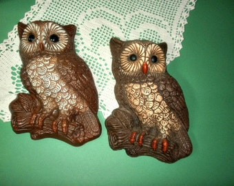 2 Vintage Owls, 3D Foam Resin Wall Hangings, Owl Home Decor
