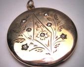 Antique Gold Locket Victorian Vintage Floral Pendant