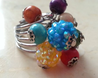 SALE Vintage Silver Tone Metal and Wooden Bead Ring Costume Jewelry Size 7.5 Blue Yellow Green Purple Sparkly