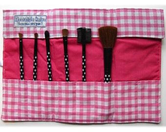Make up brush roll- pink gingham, UK location