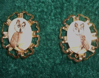 70s Painted Owl Clip On Earrings