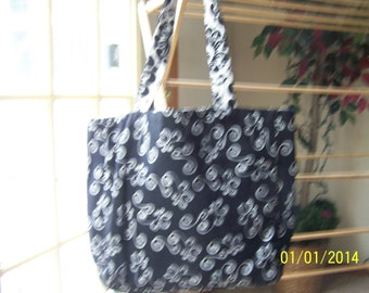 Black and White print tote bag