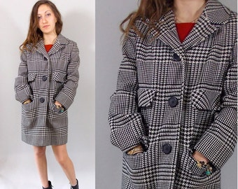 Vintage 60s Coat / 1960s Betty Rose Prince of Wales Plaid Coat