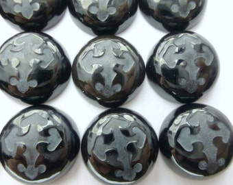 BLaCK ONYX Carved Intaglio. Maltese Cross. Goth. Carved. Ring & Cufflink Stones. Round. Can Be Drilled. 1 pc. 8 cts. 15 mm (OX269)