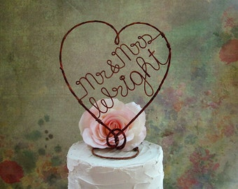 Rustic Wedding Cake Topper with Mr & Mrs and Last Name, Rustic Wedding Cake Decoration, Rustic Centerpiece, Bridal Shower Decoration