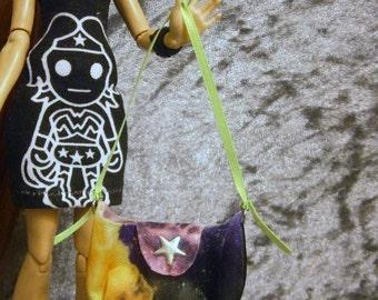 Purse for 10 to 12 inch fashion dolls