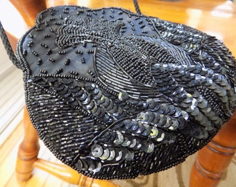 Vintage black beaded evening bag, classic pineapple motif  scalloped black tie affair bag, woman's accessory
