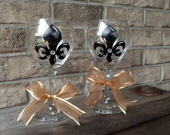 Hand painted Fleur de Lis Wine Glasses