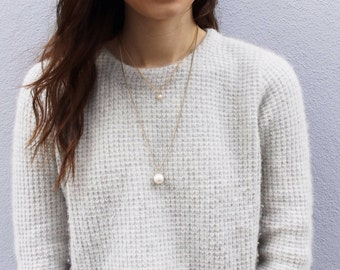 tiny pearl -necklace (faux pearl bead and gold plated chain minimal discreet neckpiece)