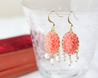 Coral and pearl earrings. Coral chandelier earrings. Victorian coral earrings. Vintage coral earrings by Reyes Robledo