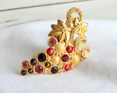 Swarovski Crystal Designer Brooch Gold Tone Grape Cluster Collectible
