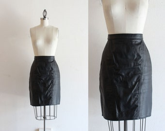 Black Leather Pencil Skirt / High Waist Skirt / Highwaisted Skirt