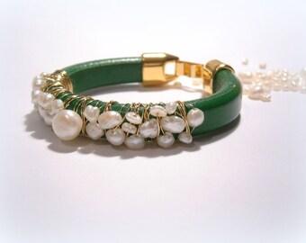 freshwater pearl bracelet licorice leather bracelet green licorice bracelet satement bracelet boho jewelry bracelet gold filled bracele
