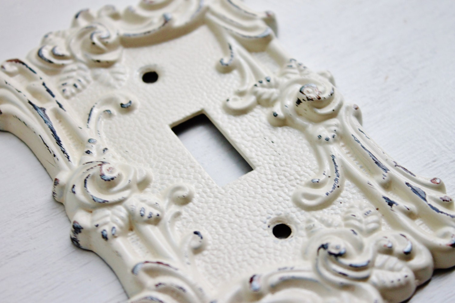 Vintage Style Metal Wall Decor Light Switch Cover Creamy Ivory