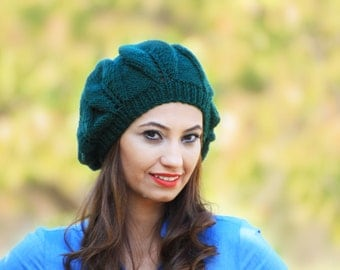 Knitted Hat for Women, Emerald Green Slouch beret, hand knit slouch hat, Winter beret, Knit beret, Slouch beanie, Wool hat