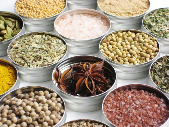 Custom Gourmet Spice Kit - choose 6 from over 100 dried herbs / spices / dry rubs / teas / salts - cooking gift / birthday / hostess gift
